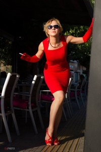 lady in red_1
